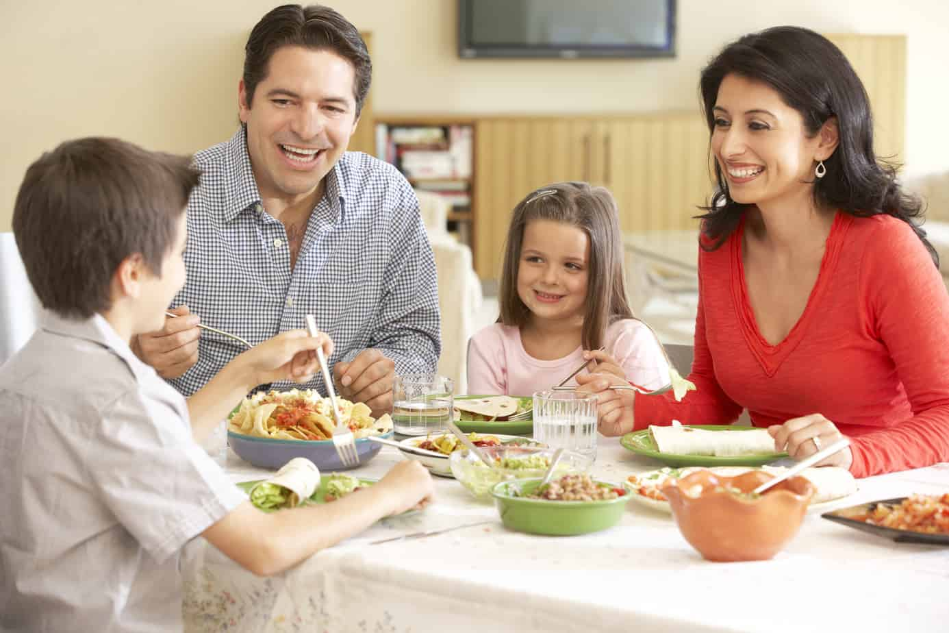 Dinner Time Can Be Family Time Too