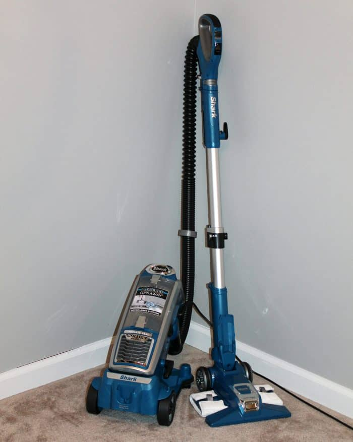 Shark Rotator Powered Lift-Away Speed (NV682) Review 2