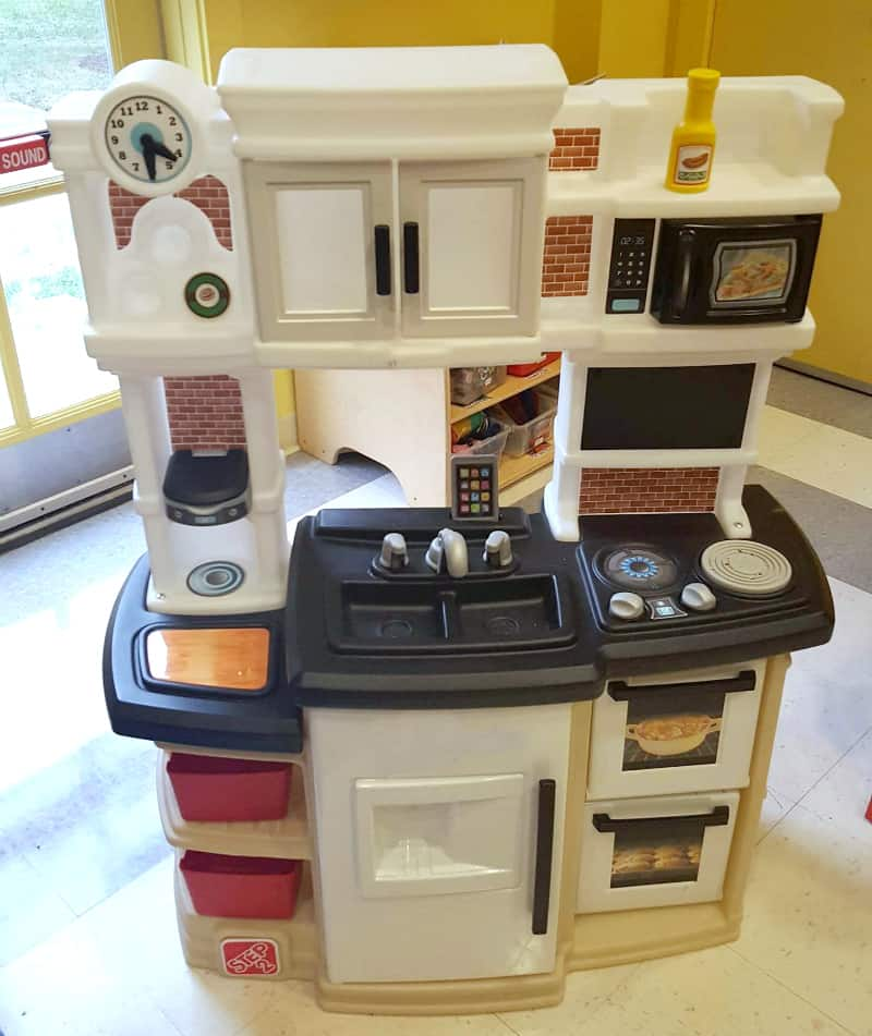 Step2 great gourmet kitchen review thrifty nifty mommy for Kitchen set step 2