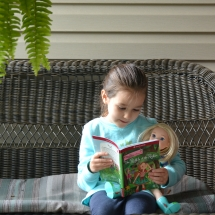 reading-with-camille-hires