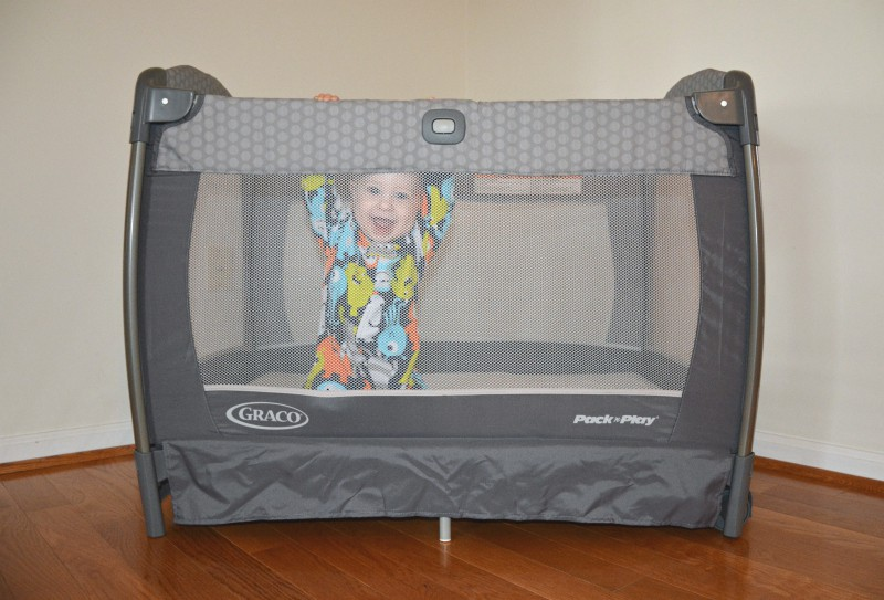 graco-pack-n-play-2