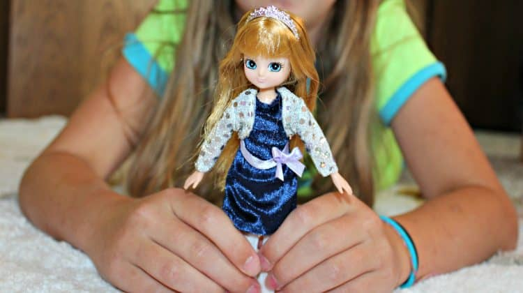 Lottie Dolls ~ There's A New Girl In Town! {+Giveaway}