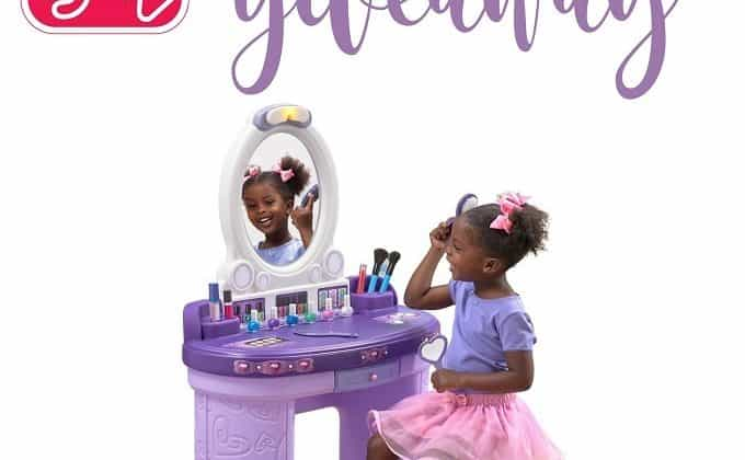 WIN a Pretty and Posh Vanity from Step2!