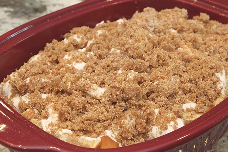 FRESH BAKED cinnamon FRENCH TOAST Bake {RECIPE} - This oven baked favorite is a crowd pleaser!