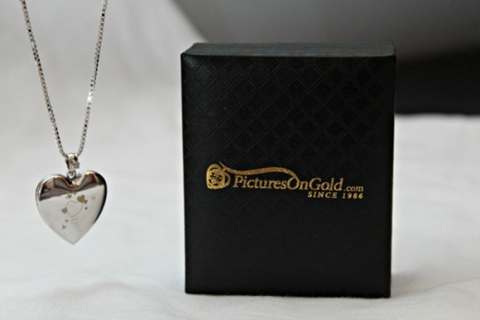 PicturesOnGold.com Custom Photo Locket