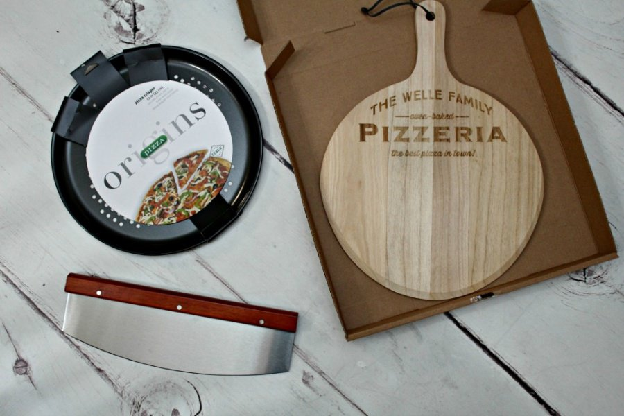 Heart Shaped Pizza Served Up With Personalization Mall