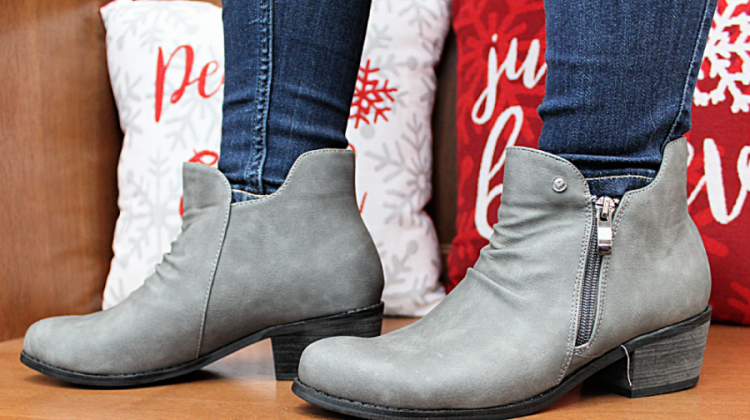 Soft Comfort Shoes Review ~ Fashionable Cheyenne Booties {+ Giveaway}