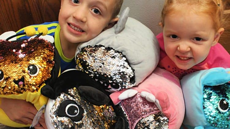Moosh-Moosh Review Animal Cuddle Pillows WITH SEQUINS! {+ Giveaway}