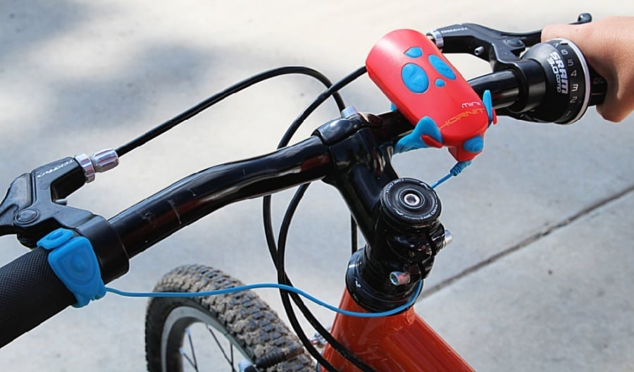 25 Affordable Or Free Kids Activities For Your Backyard - Mini Hornet Bicycle Horn 1