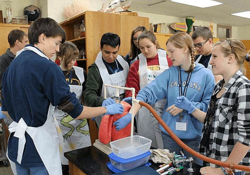 You Don't Have To Homeschool Alone! {College Prep Science Labs} - Fill an entire years worth of science lab requirements in just 2 DAYS! (Classes throughout the US now filling.)