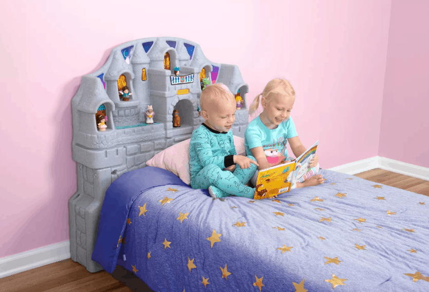 How To Make Bedtime Transitions Easier {+ Simplay3 Imagination Castle Headboard Review}