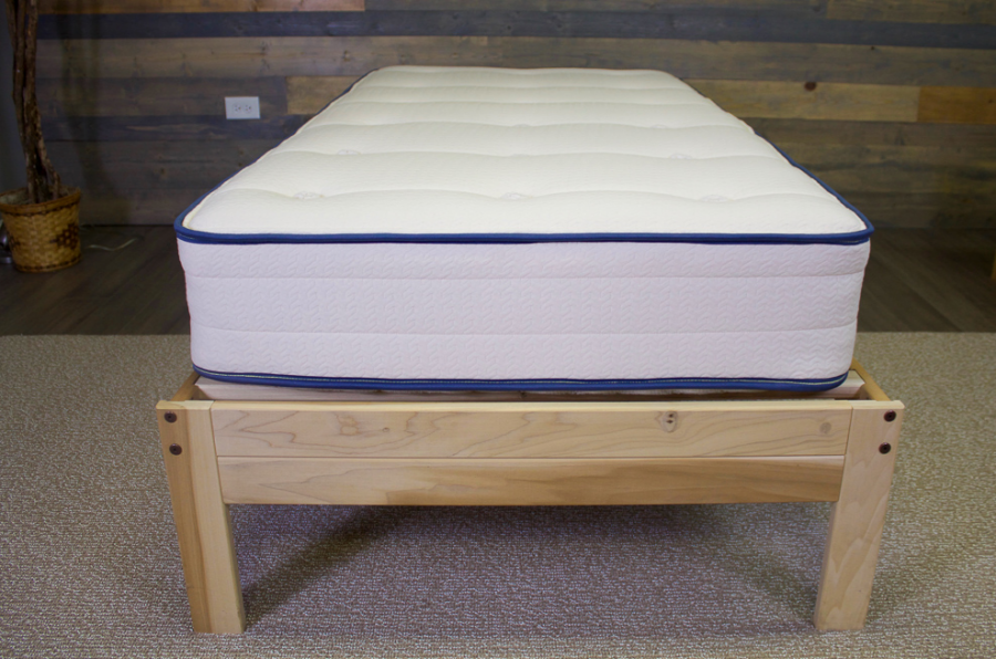 Give The Gift Of A Great Night's Sleep With MyGreenMattress {Kiwi and Pure Echo Comparison}
