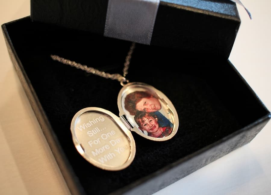 PicturesOnGold Custom Locket Necklace While there are many wonderful custom locket options available at PicturesOnGold.com, I fell in love with the Sterling Silver Floral Oval Photo Locket. This sweet piece offers custom photo insertion by permanently lasering the image inside the locket. This can be done in black and white or in color!