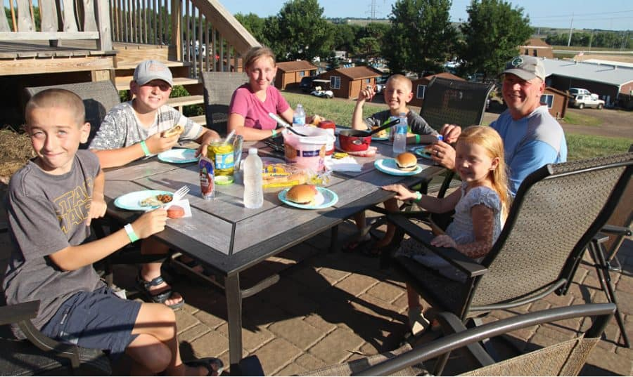 picnic - Jellystone - Top 10 Things To Do In Sioux Falls + The Best Place To Stay!