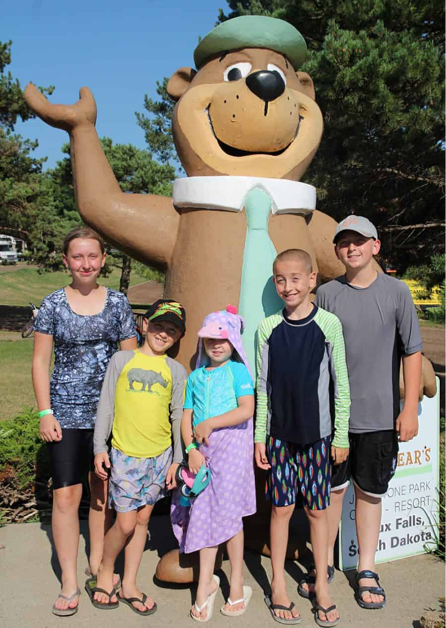 kids and Yogi - Top 10 Things To Do In Sioux Falls + The Best Place To Stay!