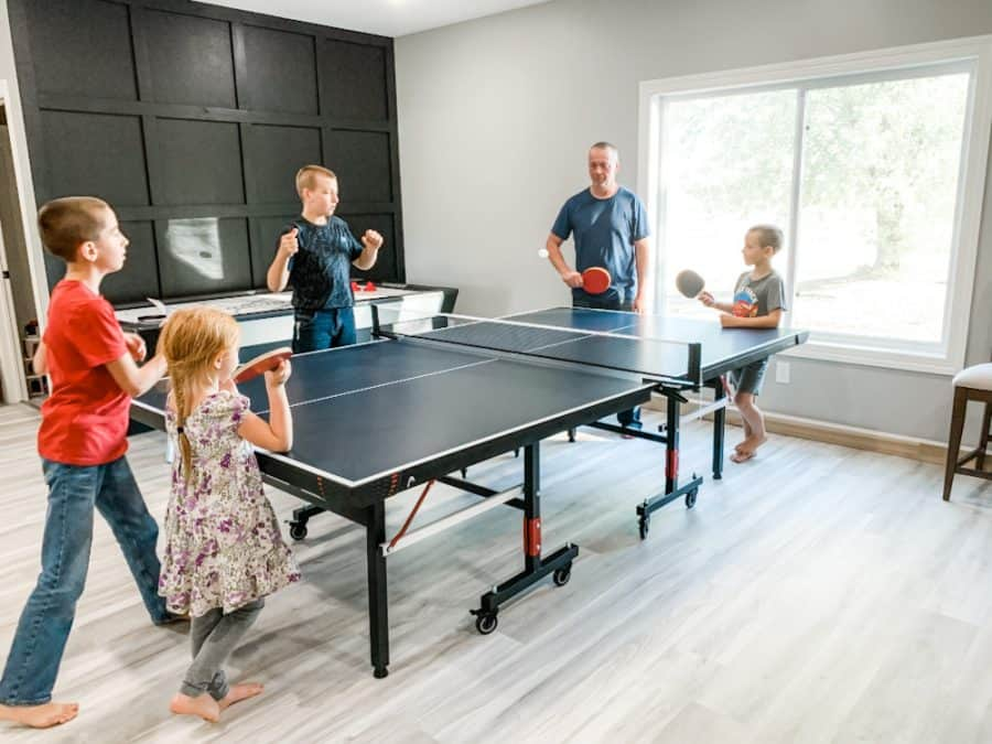 family playing table tennis -HEAD Summit USA Table Tennis Review - Family Gift Idea!