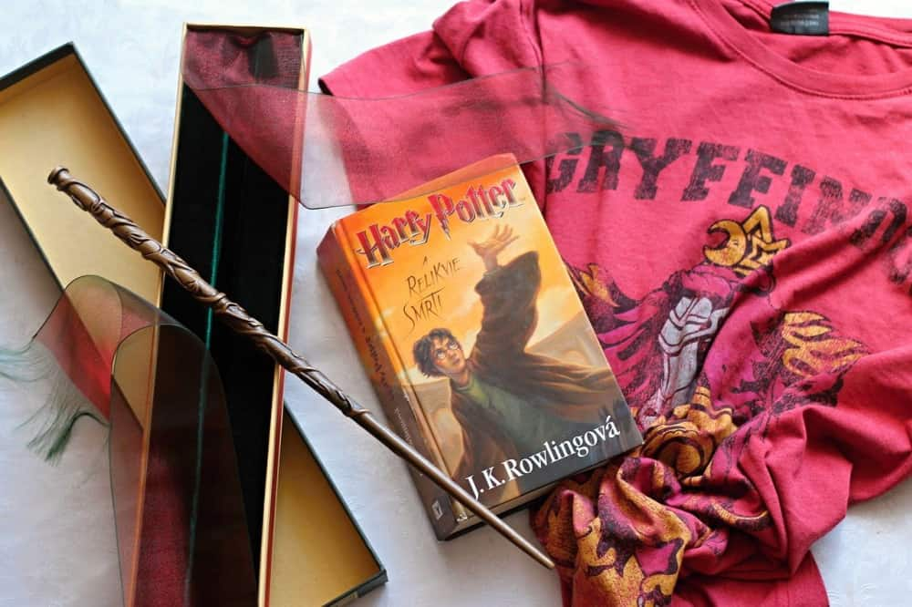 The BEST Harry Potter Gifts (1)