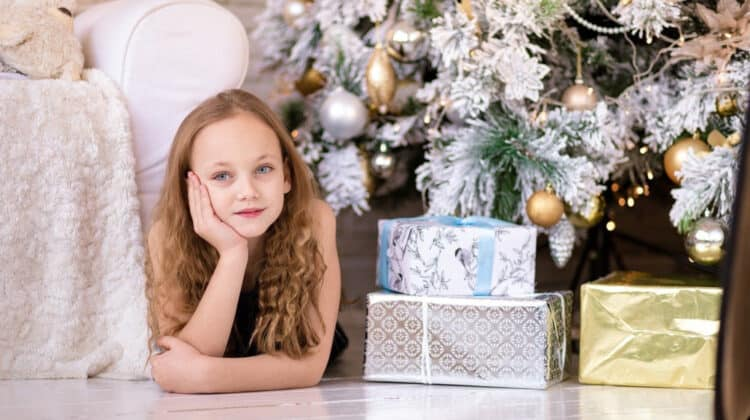 girl with gifts - The Best Gifts for 10 Year Old Girls