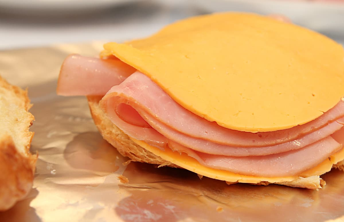 sandwich - Hot Ham and Cheese Crockpot Sandwiches Recipe