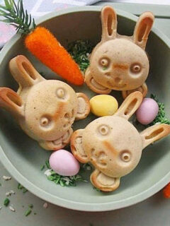 baby bowl with bunnies - ezpz First Foods Set Giveaway
