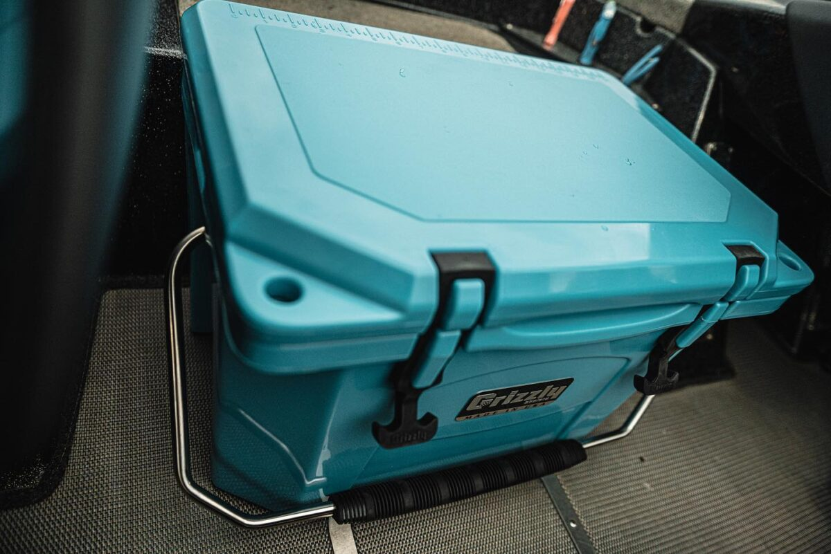 cooler - Grizzly Cooler Giveaway! (Gift Idea For Dads)